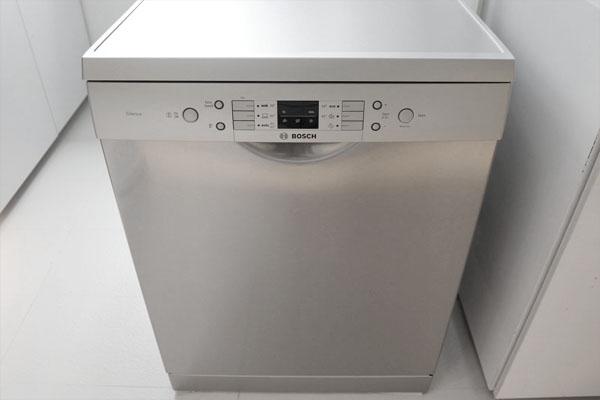 [Tư vấn] máy rửa bát nhập khẩu loại nào tốt 1