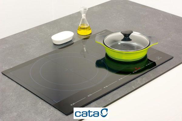 Hình ảnh lắp đặt thực tế bếp từ Cata GIGA 750 BK